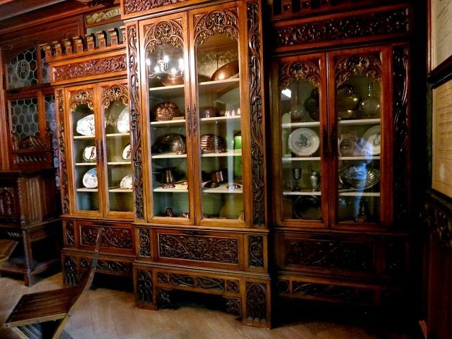 Скупка старинной мебели в Москве
