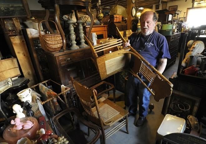 Скупка антикварной мебели