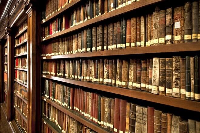 Оценка книг экспертами