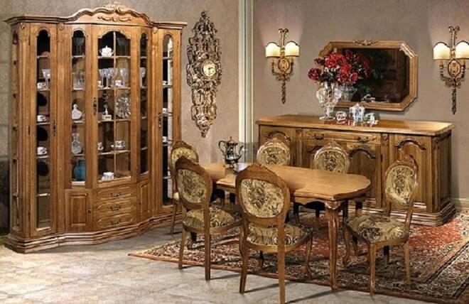 Какая мебель является антикварной