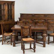 Продать антикварную мебель